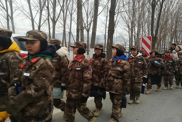 营地点评网-北京西点军事特训之领袖演讲8天7晚军事营 (8)