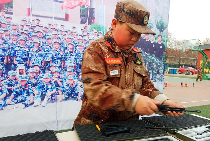 营地点评网-北京西点军事特训之领袖演讲8天7晚军事营 (12)