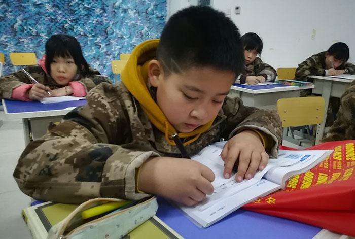 营地点评网-北京西点军事特训之领袖演讲8天7晚军事营 (14)